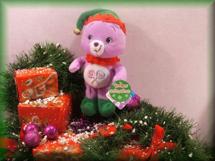 NEWLY RELEASED CHRISTMAS SHARE CARE BEAR